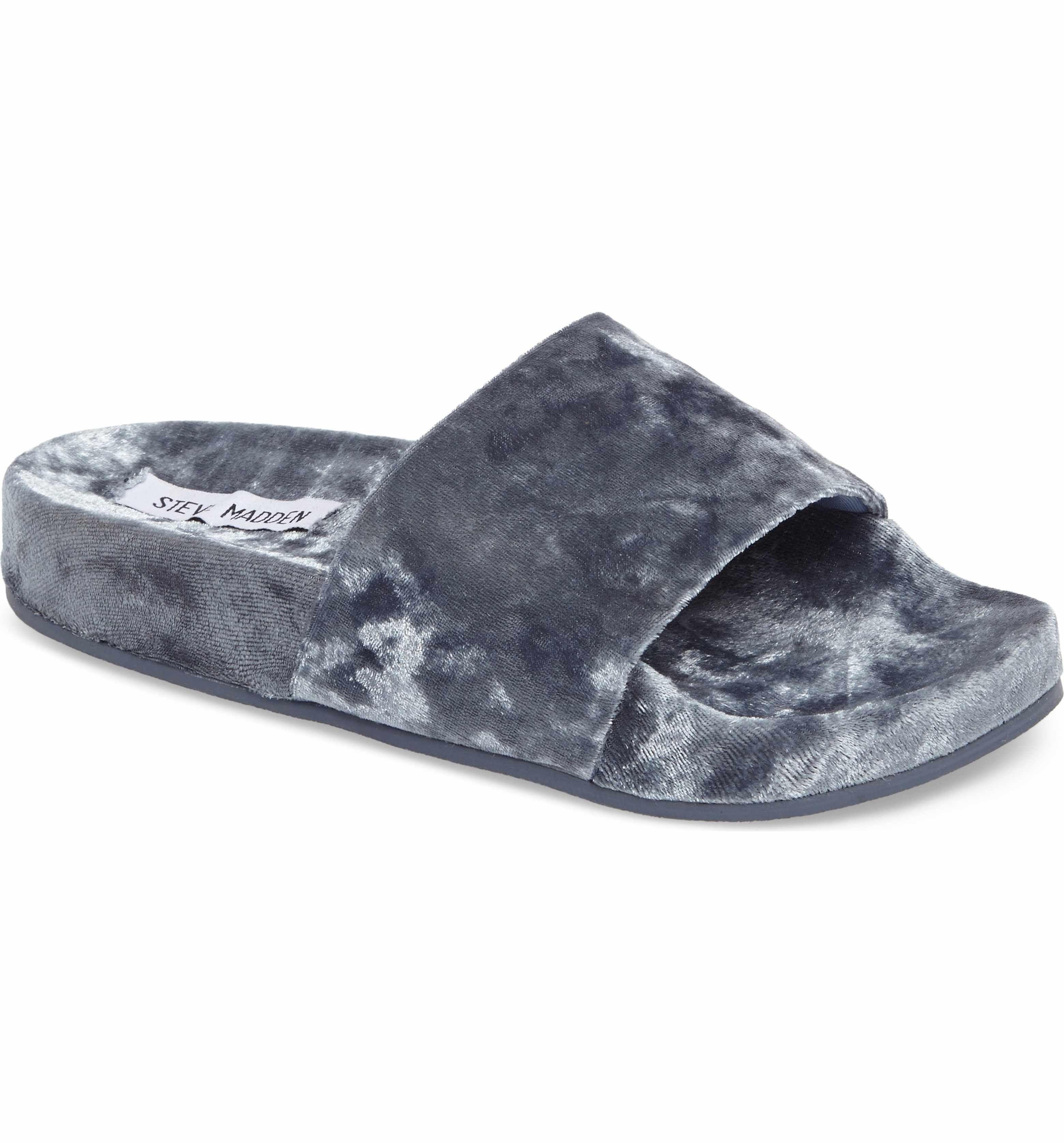 Steve Madden Slush Velvet Slide Sandal