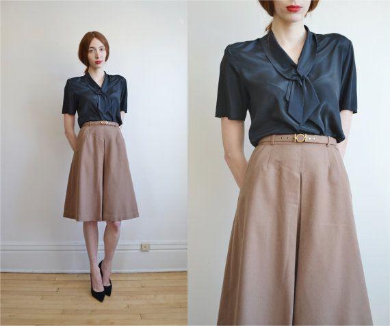 40s 50s beige high waist box pleated midi skirt // tan camel wool ...
