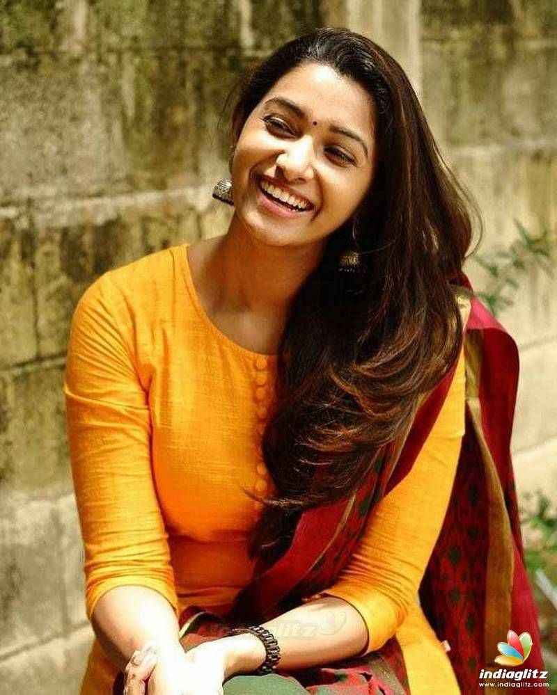 Actress Priya Bhavani Shankar Latest Photo Stills: Priya Bhavani Priya Bhavani In 2019 Tamil Actress Photos Tamil