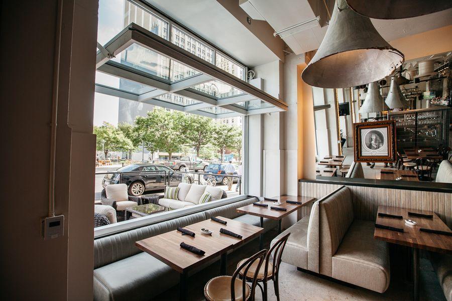 Behold Central Kitchen Bar Downtown S Slick New Gastro Bistro