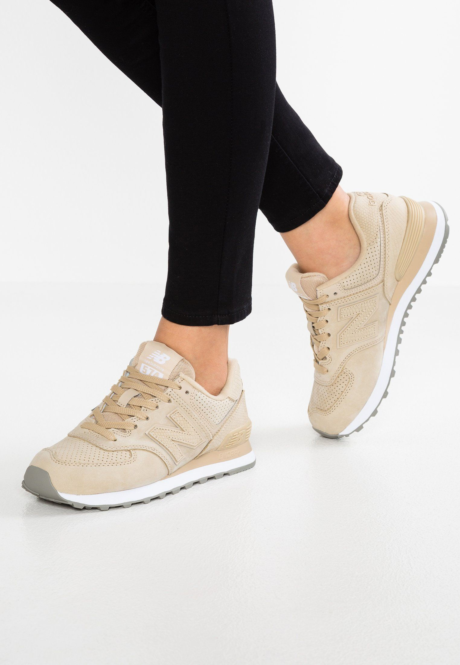 new concept 483b6 fb380 WL574 - Baskets basses - beige @ ZALANDO.FR 🛒 | Nike sports ...