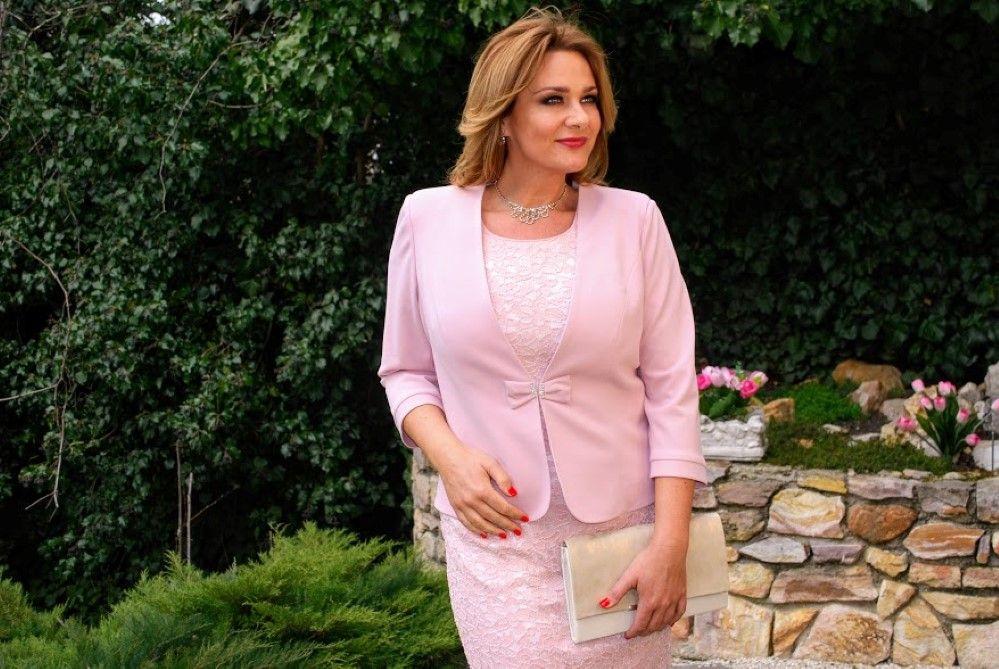 d2ca5b5e48 Rózsaszín komplé, a ruha csipke, a kabátka viszkóz-selyem, az egyik sláger