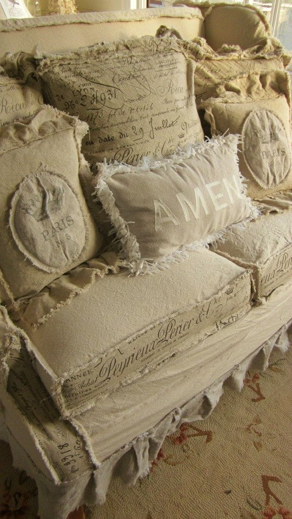 pin von sa smith auf my style shabby chic and anything french pinterest m bel kissen und. Black Bedroom Furniture Sets. Home Design Ideas