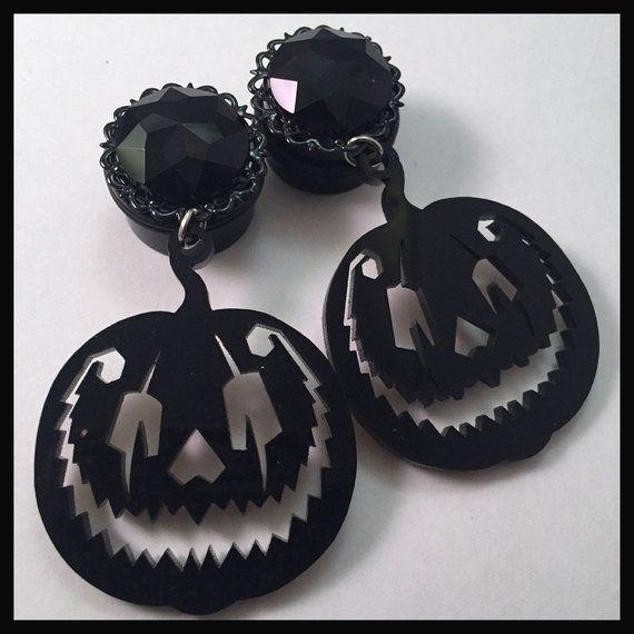 Covet Jewelry Black Cat Silhouette Acrylic Ear Gauge Hanger