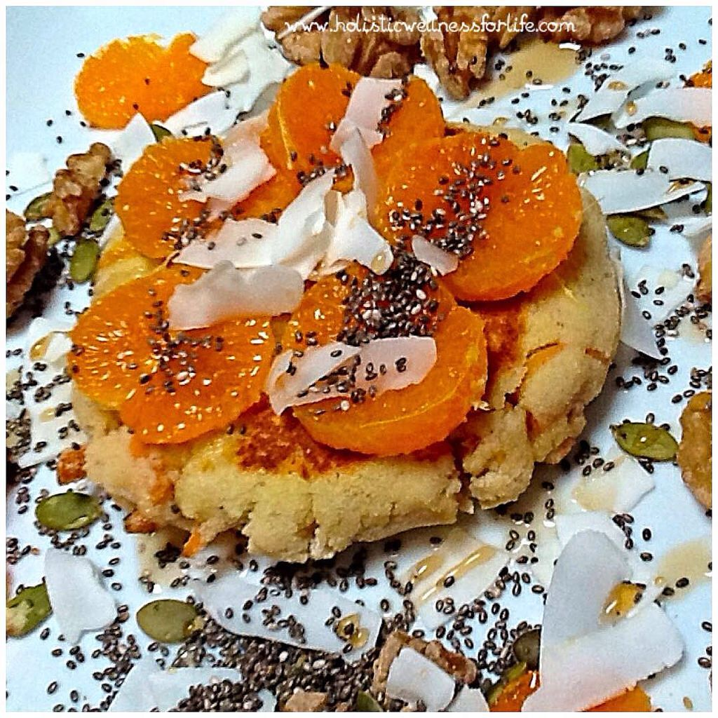 The most delicious gluten and dairy free carrot and coconut pancake topped with seasonal mandarin, walnuts, seeds, coconut flakes and a drizzle of maple syrup. #pancake #breakfast #glutenfree #dairyfree #healthy #fitnessfood #foodphotography #foodasart #f
