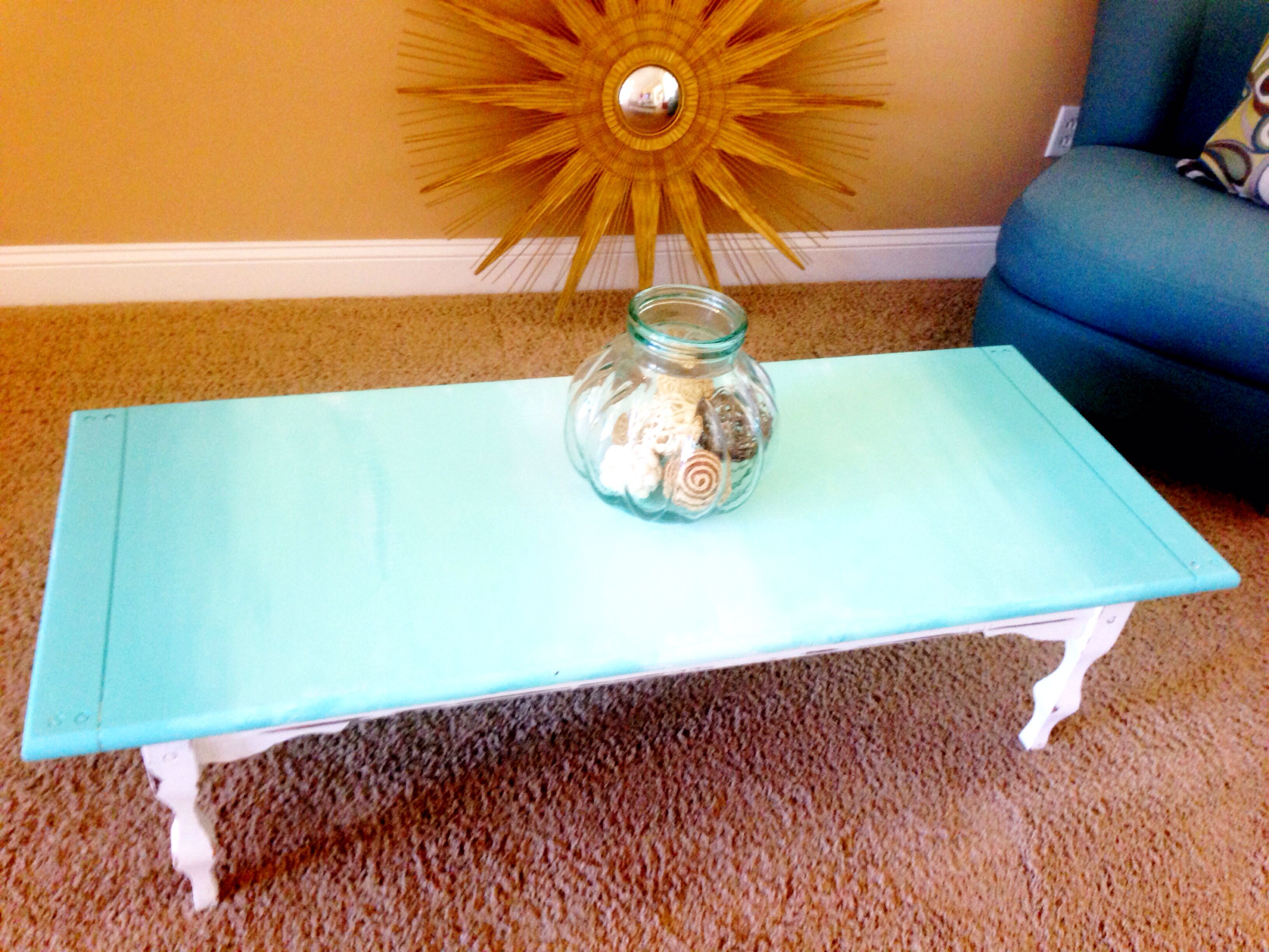 Ombré coffee table DIY painted furniture distressed wood shabby
