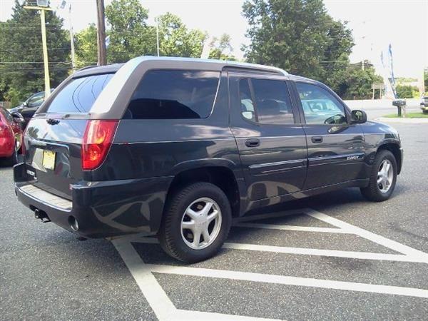 Pin By United Car Exchange On 2004 Gmc Envoy Xuv Gmc Envoy Gmc Envoy Xuv Vehicles