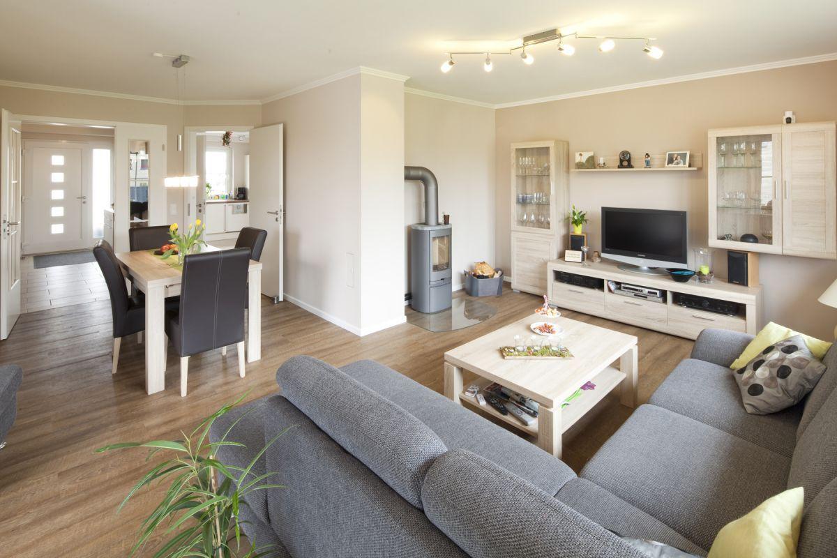 wohnzimmer esszimmer | drbrianrueben, Esszimmer dekoo | House room ...