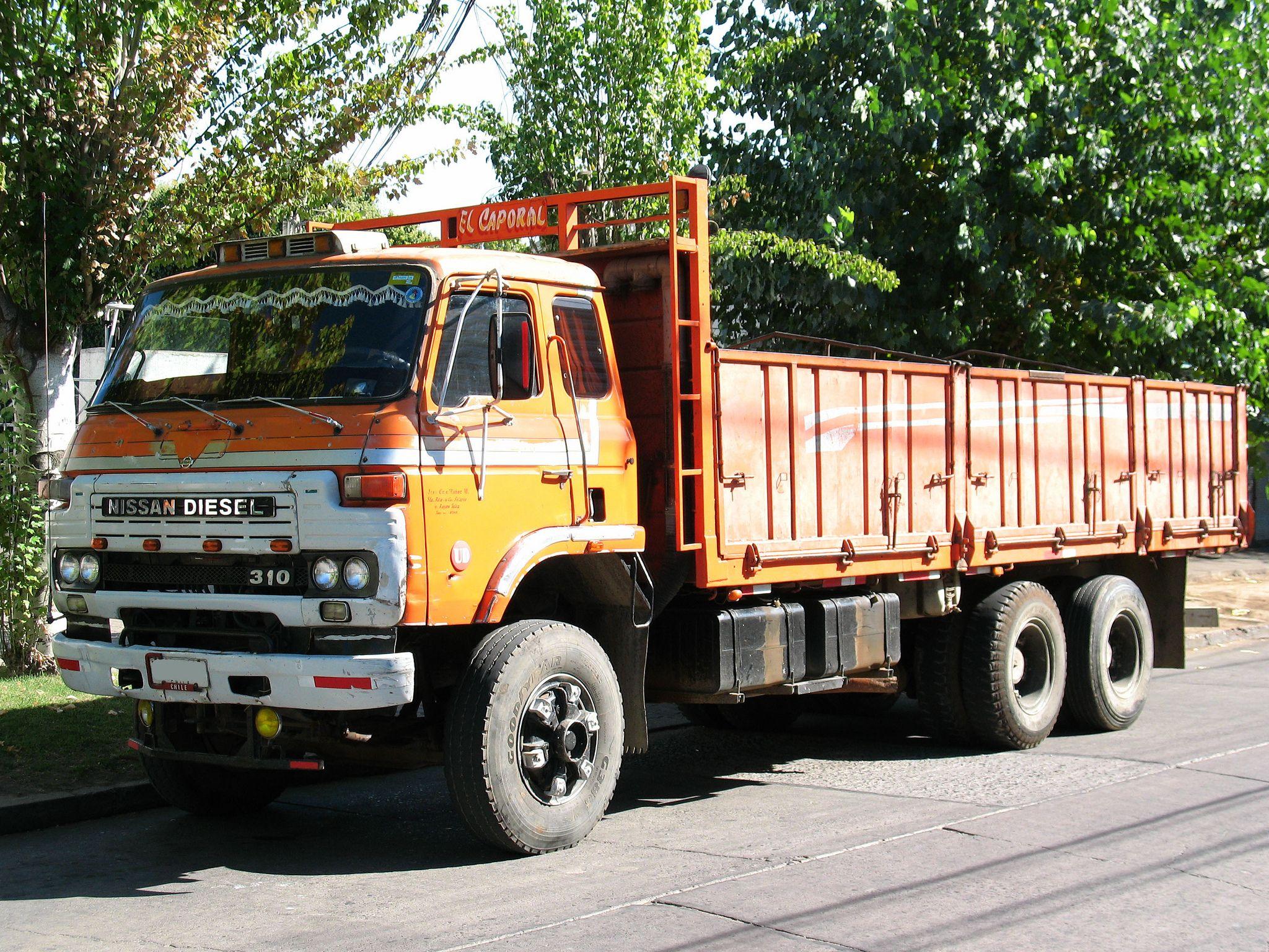 Nissan Diesel UD 310 1983