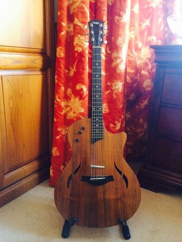 Taylor T5 X Hollow Body Electro Acoustic Clapham London Gumtree Acoustic Clapham Guitar
