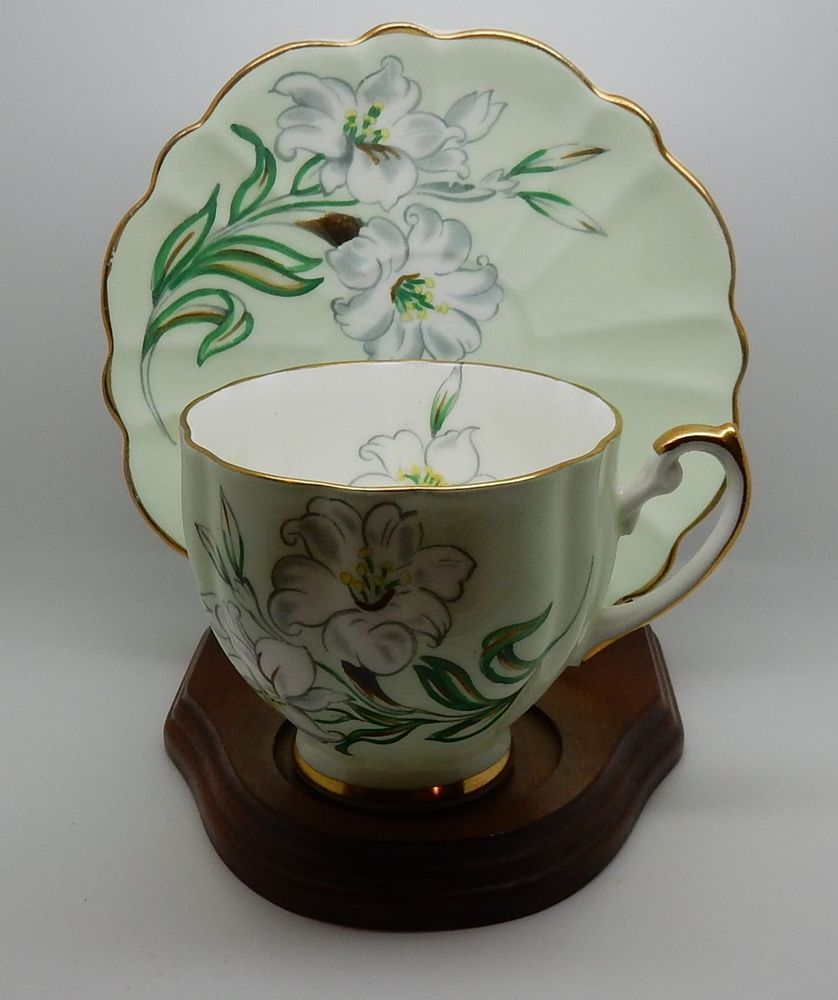 793 - Victoria C&E (England) Bone China Floral Cup & Saucer (Pattern 739) #VictoriaCE