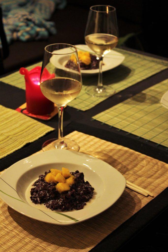 Schwarzer Klebreis mit Kokosmilch und Mango