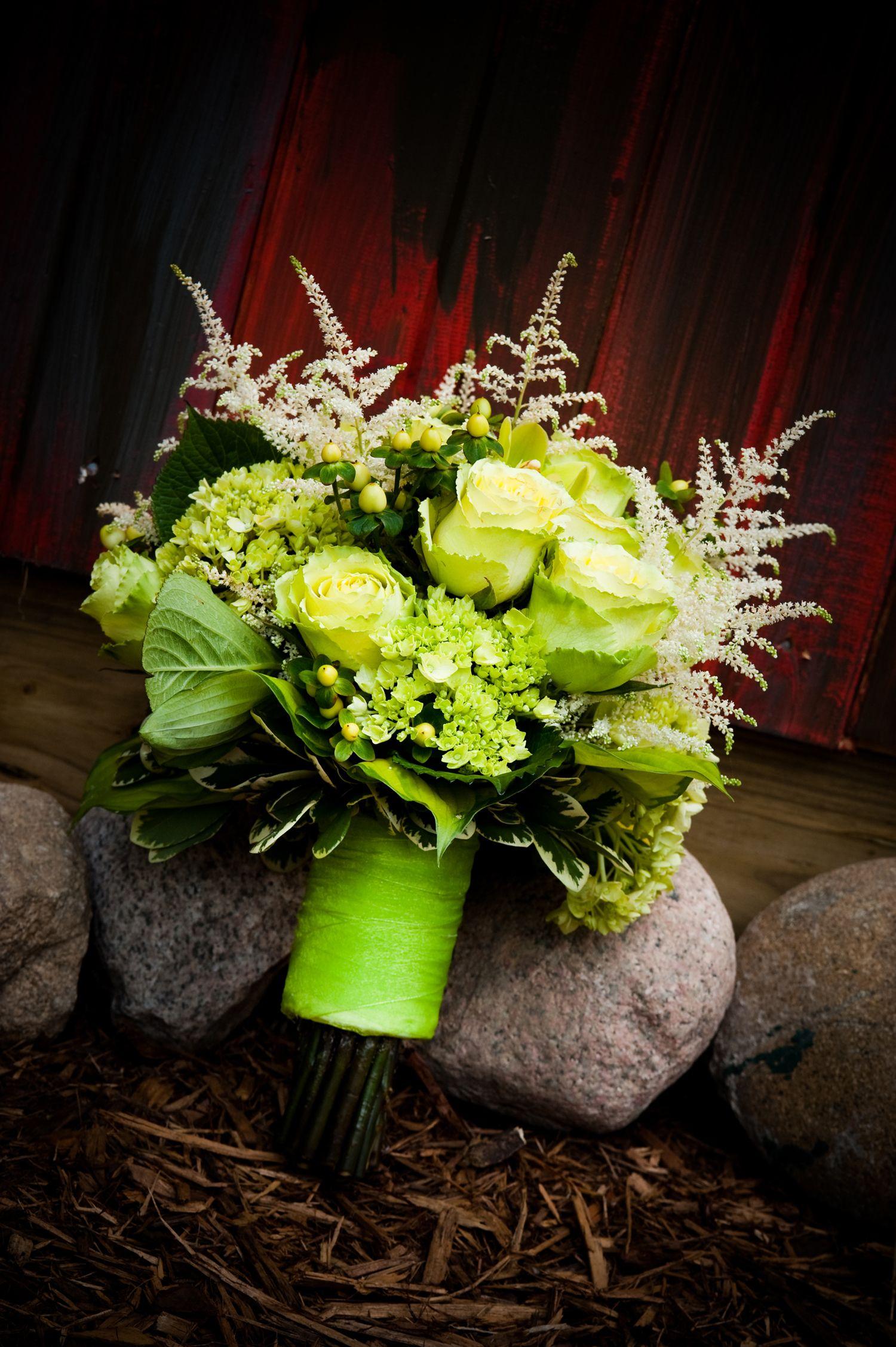 Summer wedding Bridal bouquet Kvety