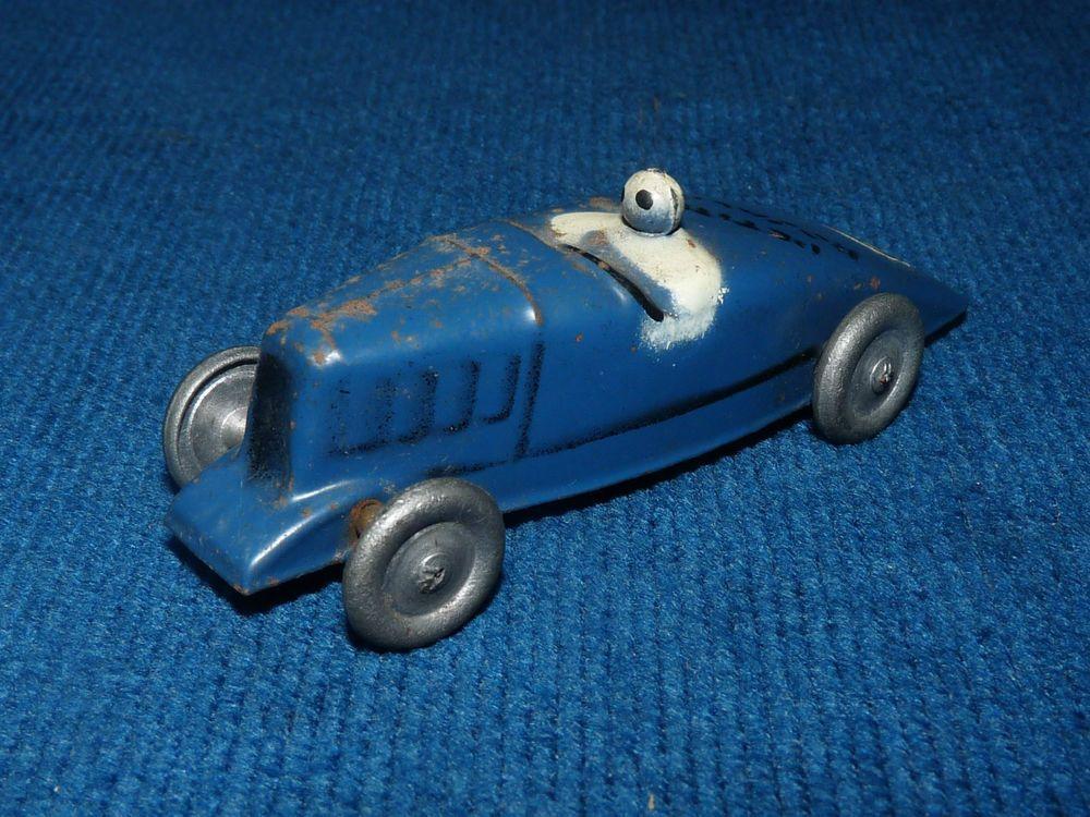 jouet ancien voiture de course petite rosalie avec son sigle cygne citro n jouet anciens. Black Bedroom Furniture Sets. Home Design Ideas