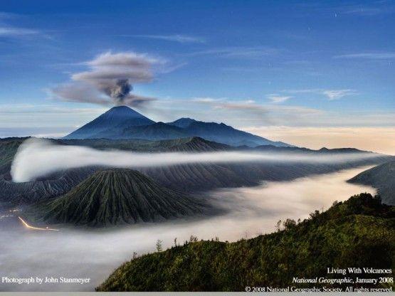 Gambar Pemandangan Gunung Indonesia Gambar Gunung Bromo Pemandangan National Geographic Taman Nasional
