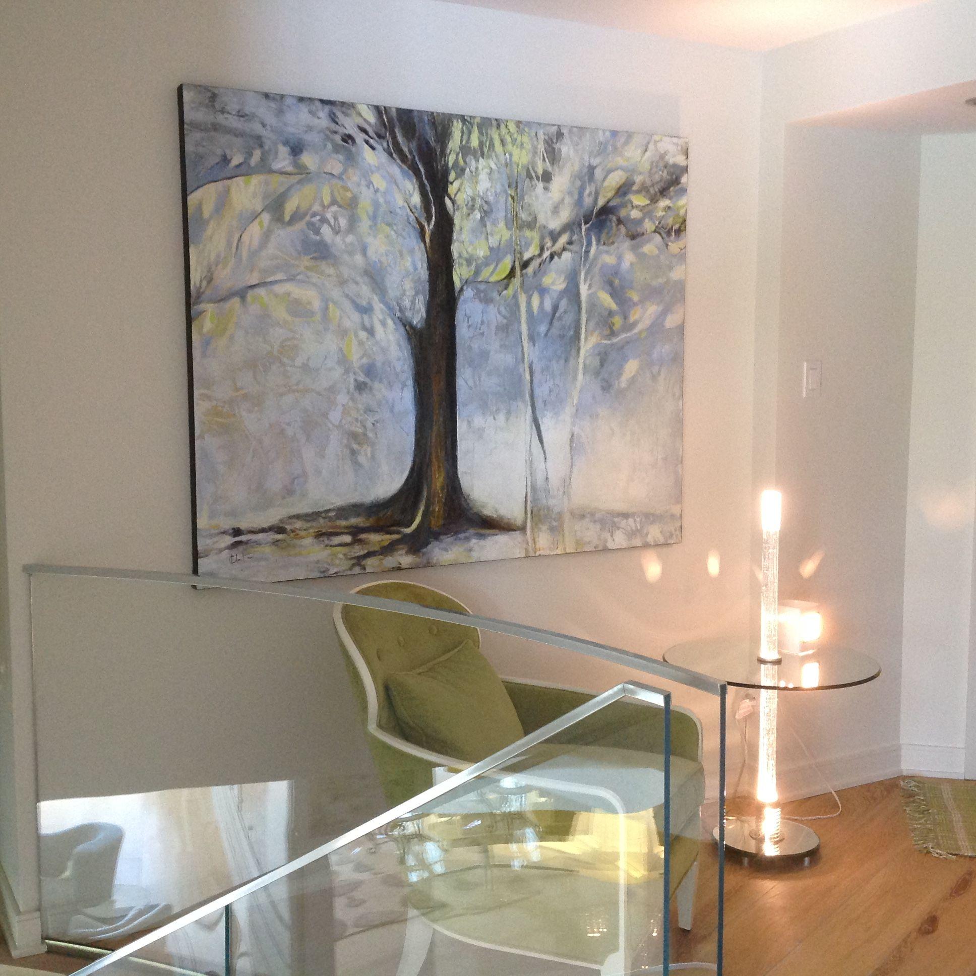 Hall d\'entrée avec fauteuil vert et belle toile décorative | Hall ...