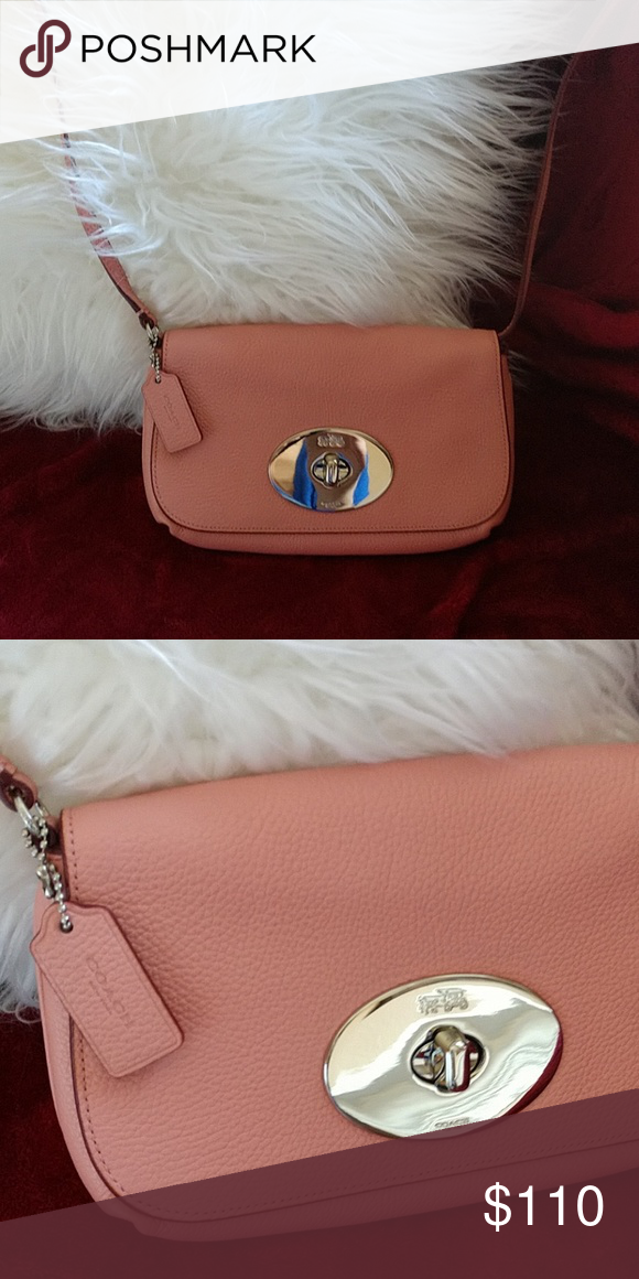 099d98f6bbc COACH crossbody light pink bag 💎❤ Adorable light pink blush color COACH  crossbody bag!! 🌷🌸🌺🐝 Coach Bags Crossbody Bags