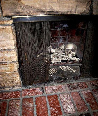Bones in the fireplace Halloween Pinterest Halloween parties - scary door decorations for halloween