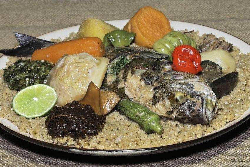 750g Vous Propose La Recette Le Thieboudieune Notee 4 2 5 Par 55 Votants Recettes De Cuisine Recettes De Cuisine Africaine Cuisine Africaine