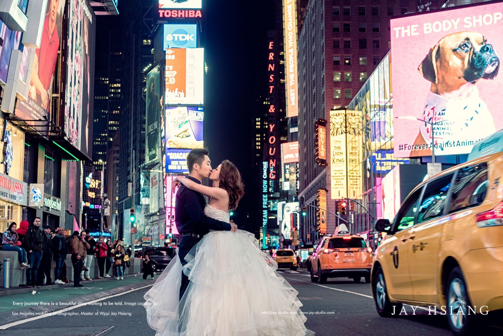 Pre Wedding New York Time Square Nyc Wedding Photos Prewedding Photography Wedding Photography Los Angeles