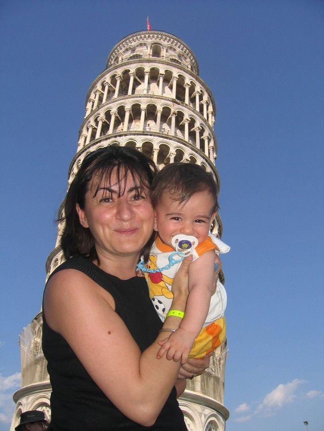 La Mia Prima Vacanza Con Lorenzo!: Questo scatto è il ricordo della prima vacanza insieme al piccolo Lorenzo...e basta guardarci per capire quanto ci siamo divertiti insieme! #travel #italy #tuscany #pisa