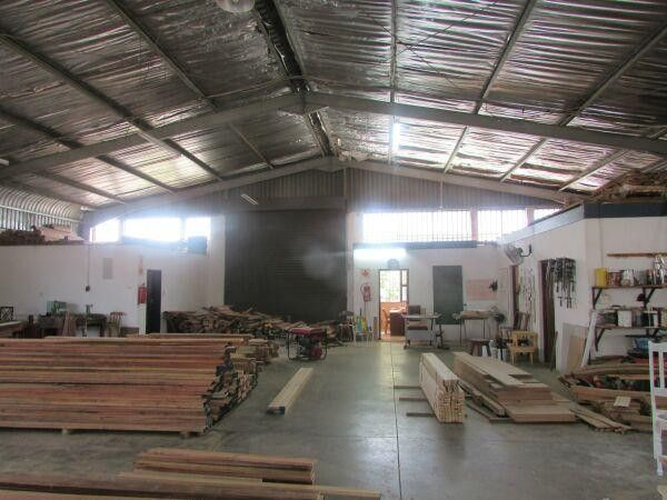 800m² Factory For Sale in Waterways