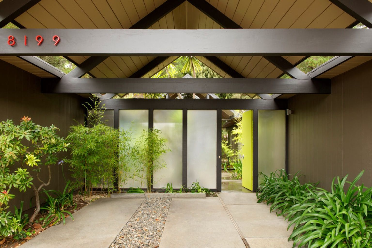 Many #MidCentury #Eichler homes include a #carport and in some cases that carport is at the entrance of the home.   |    houzz.com