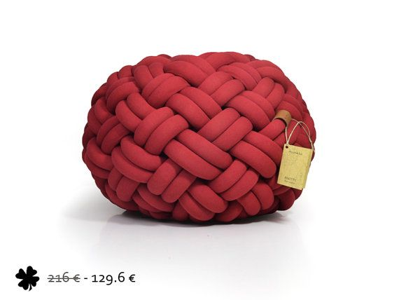 Gevlochten Knotty Poef : Mini knotty floor cushion 50x50x30 cm deep red handmade