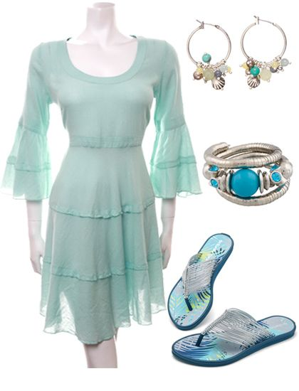 Cream Nice Tunic Dress, Hultquist earrings, Arte bracelet and String Tong Monsoon Flip Flops on www.loveithaveit.com