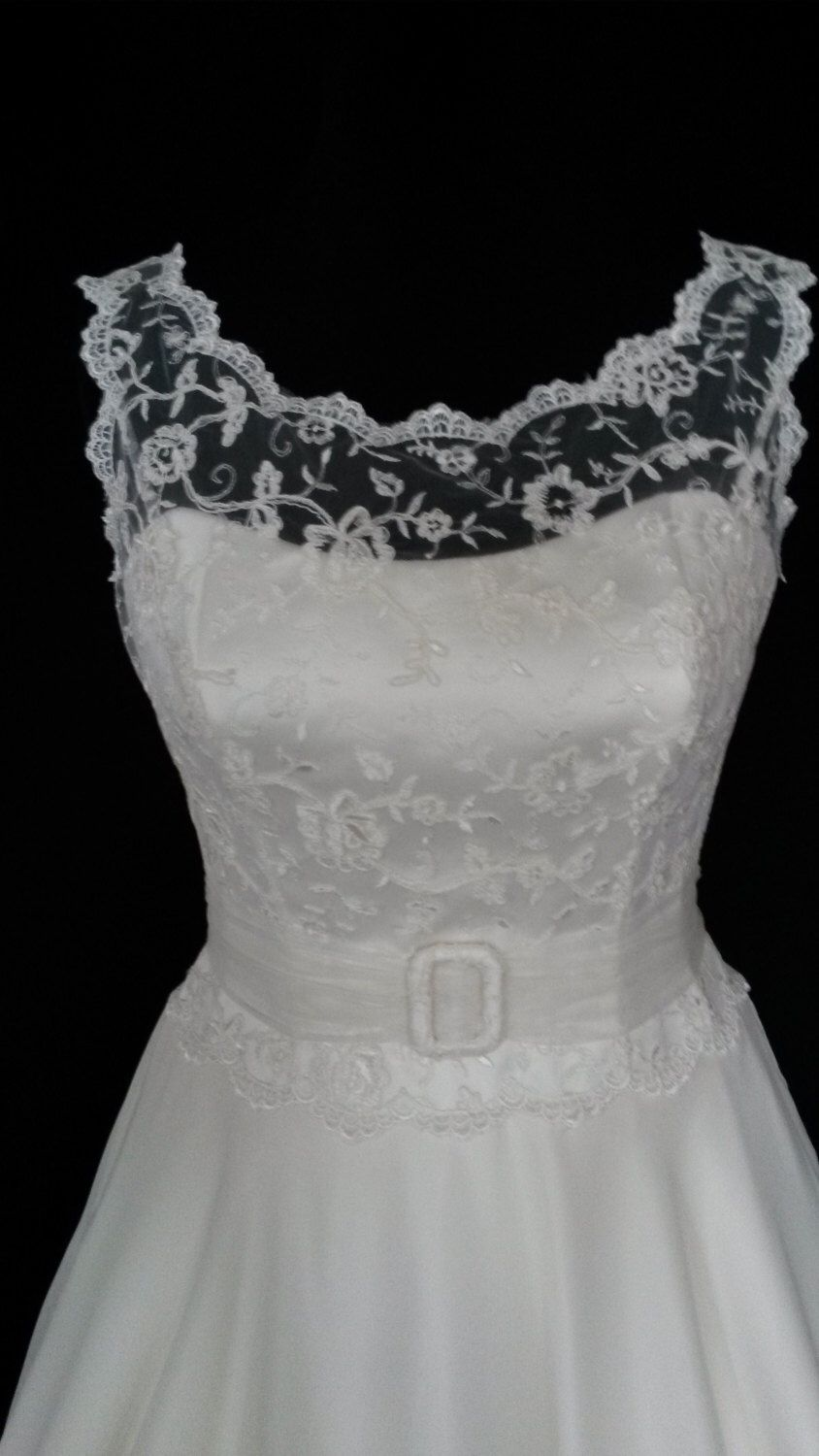 Back detail wedding dress  us style tea length wedding dress Lace bodice with open back