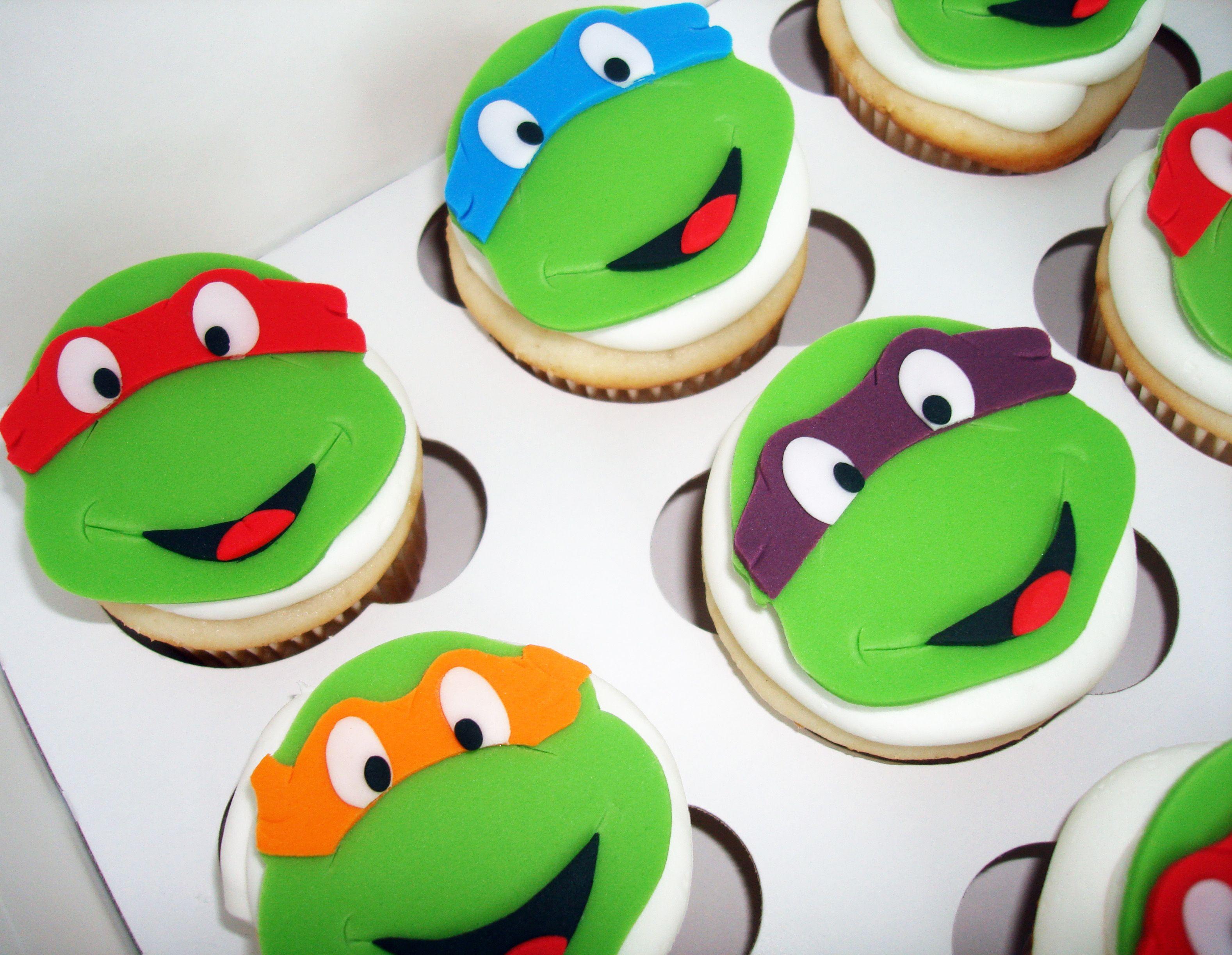 Pin By Becky Pendergraft On Cake Ideas Ninja Turtle Cupcakes Turtle Cupcakes Ninja Turtle Cake