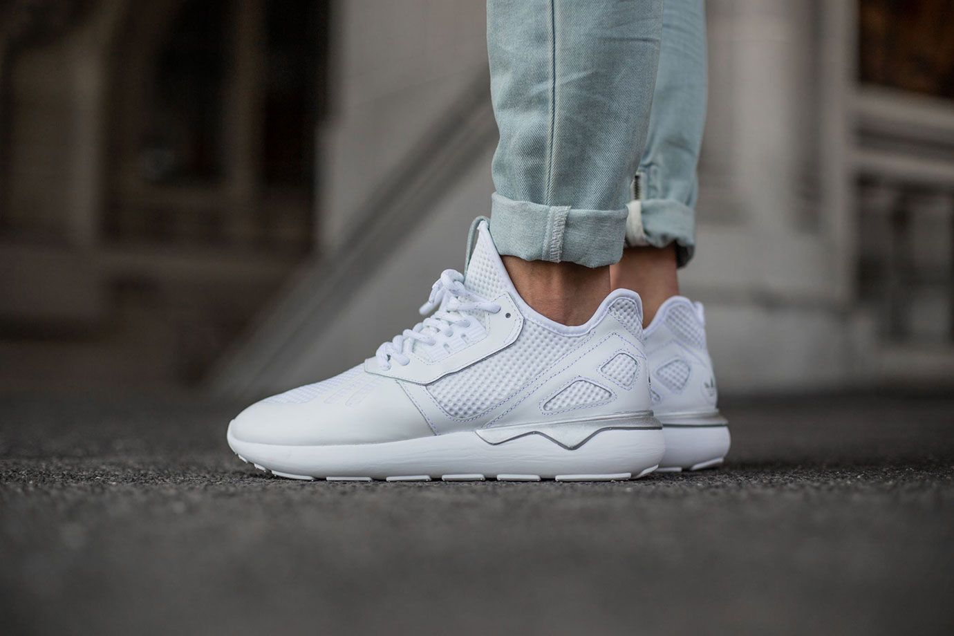 adidas tubular runner low top