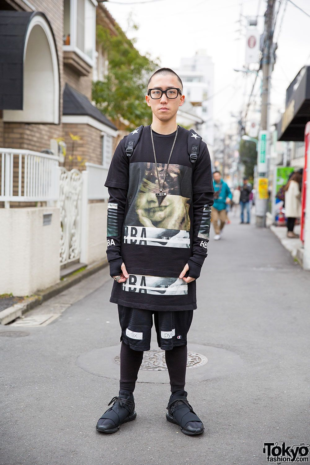 """streetwear style"" like a mix of urban / punk / skater"
