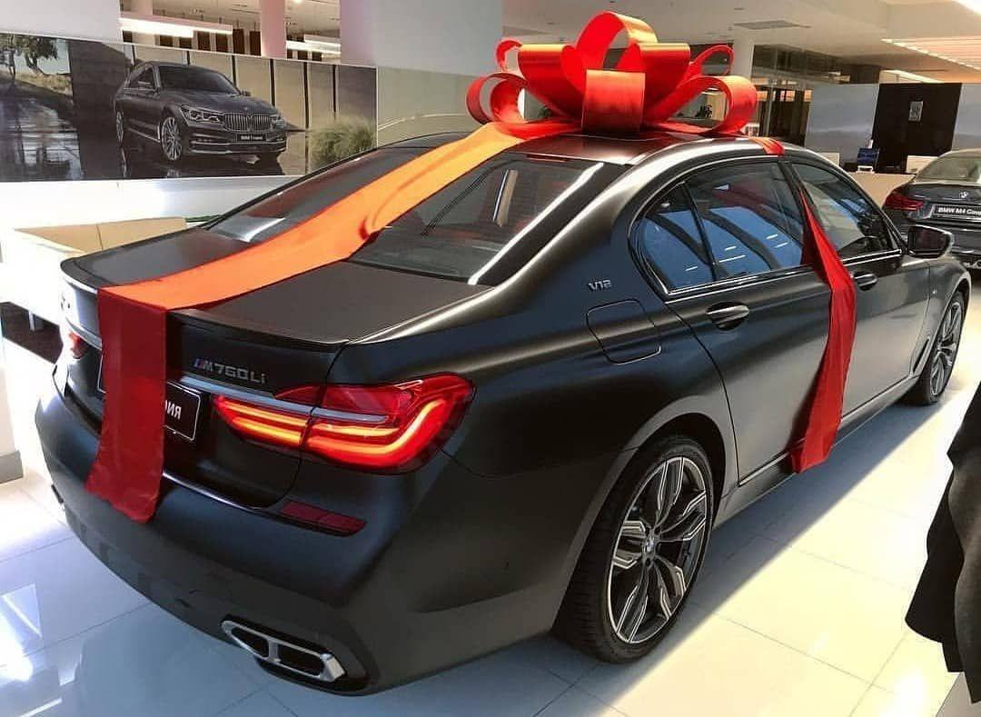 Perfect gift 🔥 ///M760Li V12 @asatur price @bmw_mpoweer