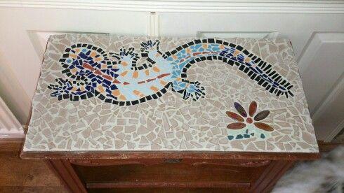 Mozaiek op tafeltje!! Leuk als groepsopdracht.