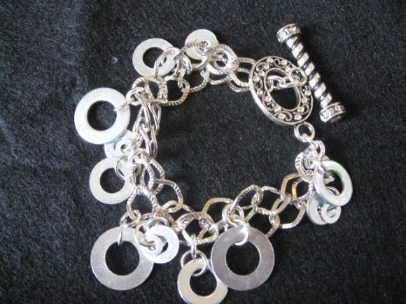 Do it yourself bracelet made out of washers how lovely is that do it yourself bracelet made out of washers how lovely is that solutioingenieria Choice Image