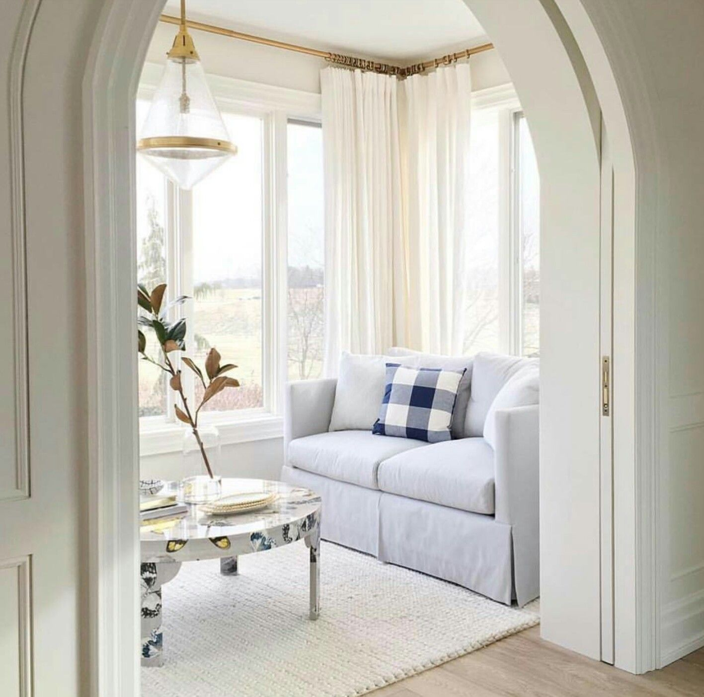Pocket Doors i love this idea for the wall between the