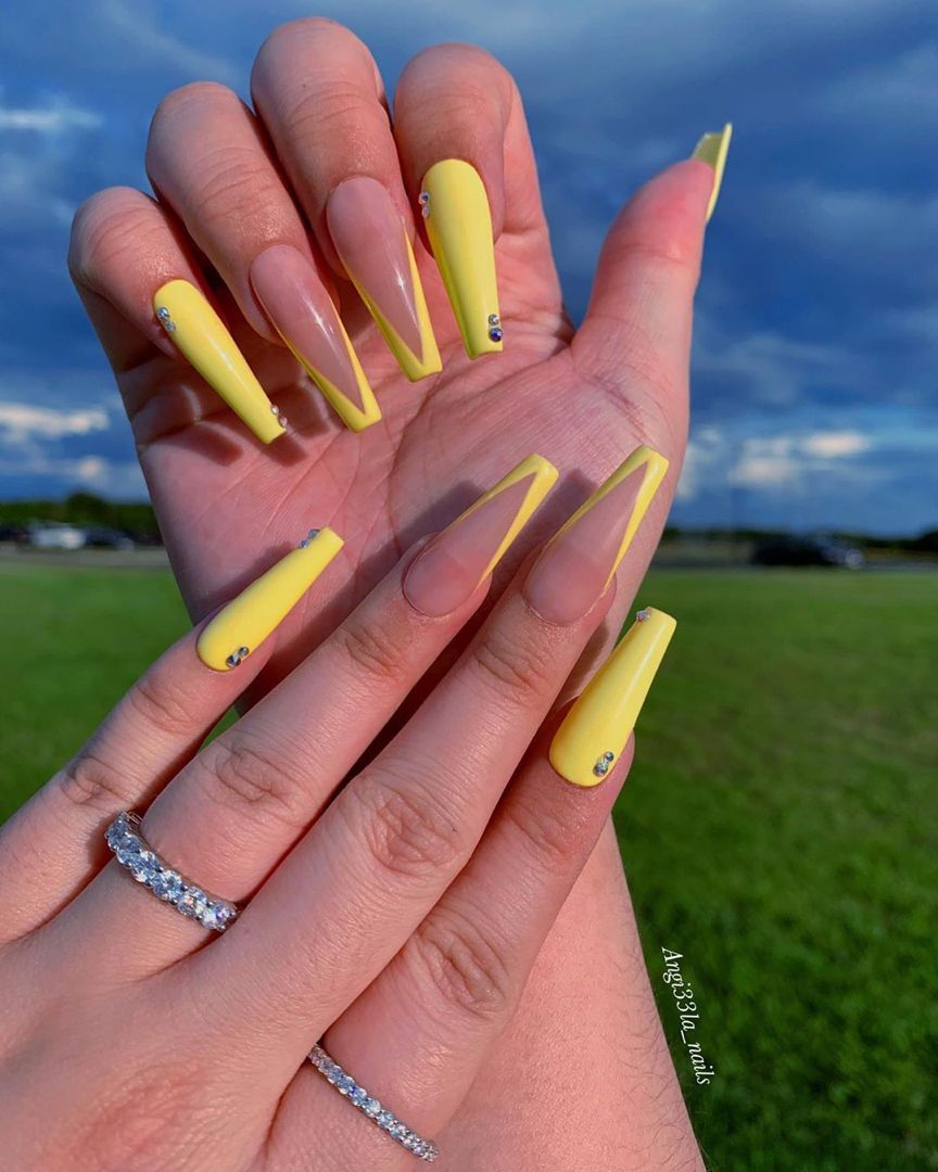Lemon Yellow Nails In 2020 Clear Acrylic Nails Yellow Nails Acrylic Nails Coffin
