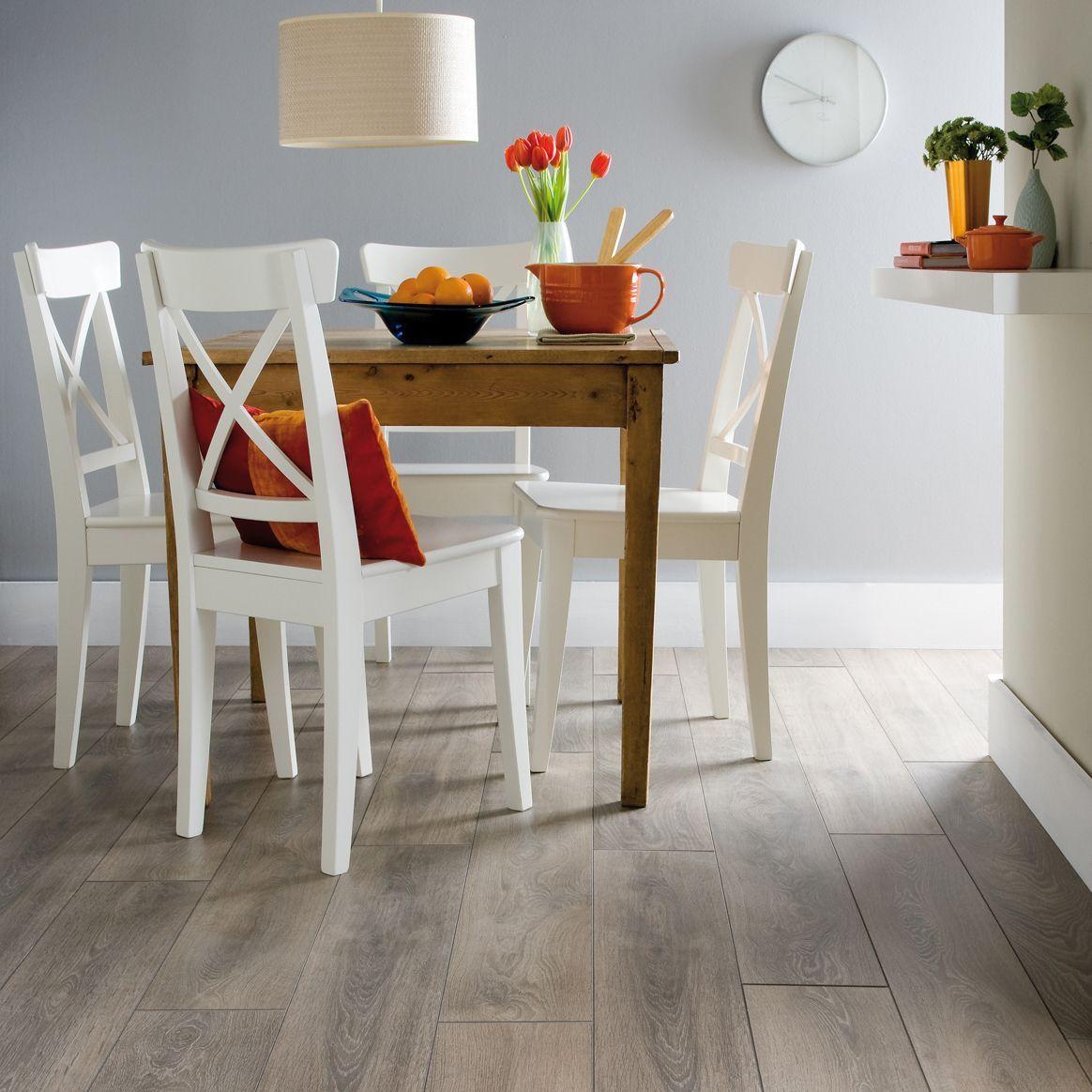 Colours Amadeo Traditional Oak Effect Laminate Flooring 2