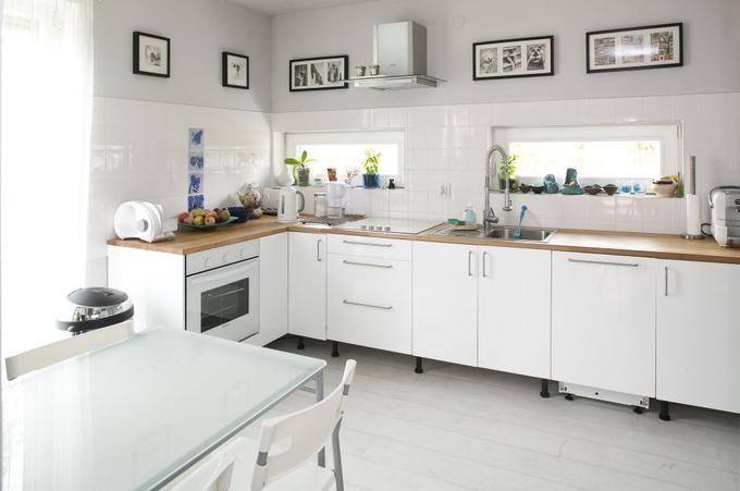 Ciekawa Biala Kuchnia W Skandynawskim Stylu Home Goods Decor Kitchen Inspirations Kitchen Dining Room