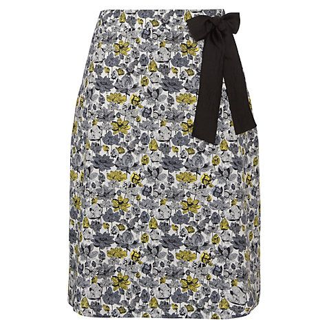 A beautiful flower printed cotton skirt for spring/summer.