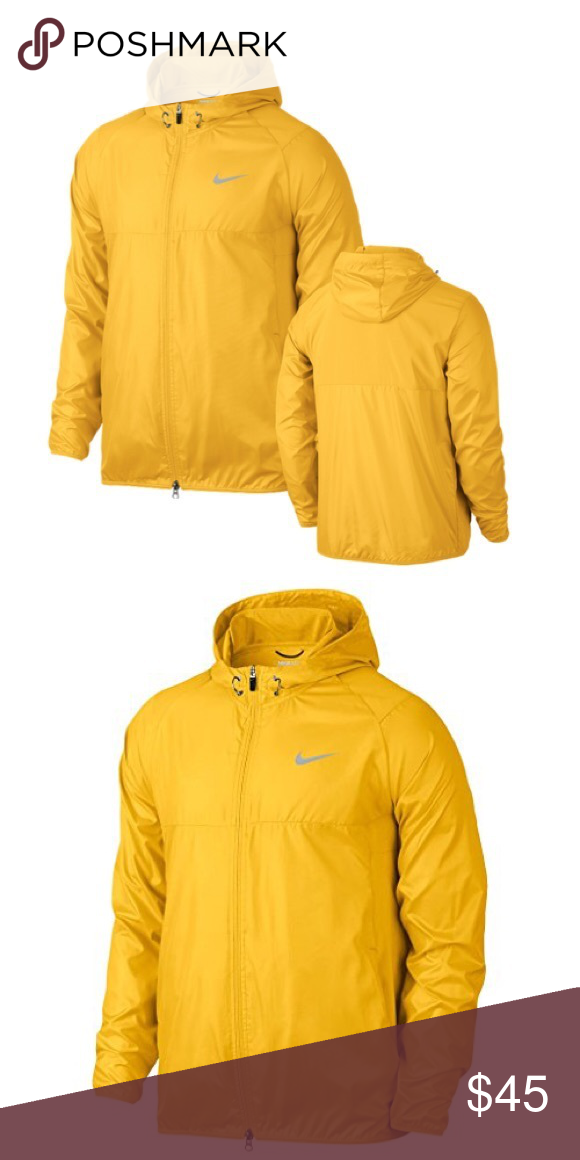 f8359f2a2d30 Large like new! Nike golf light wind breaker Men s large but can fit a  woman as well. Super light weight and very bright I love it!