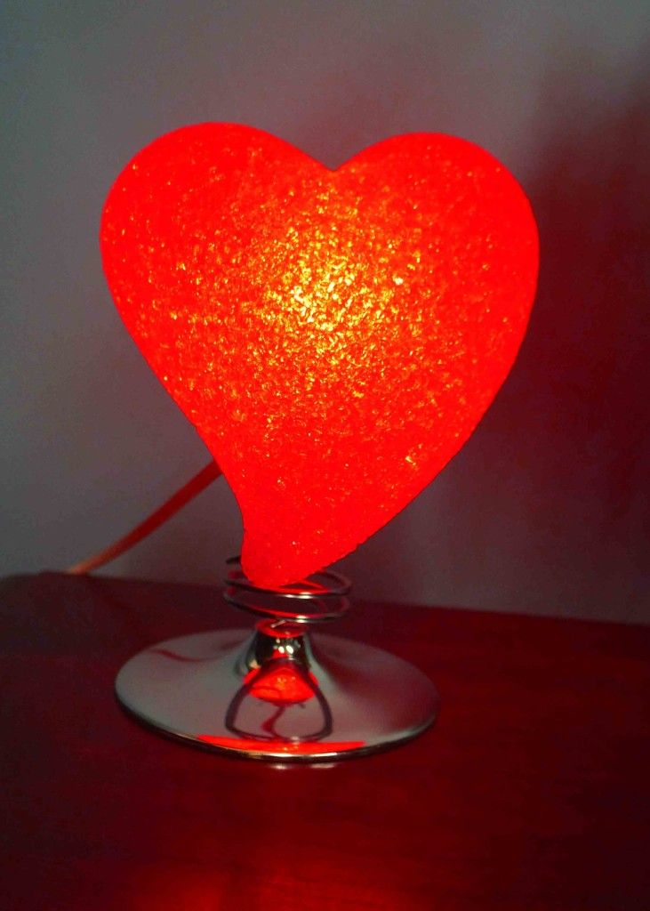 Heart Lamp Red 731x1024 (731×1024)