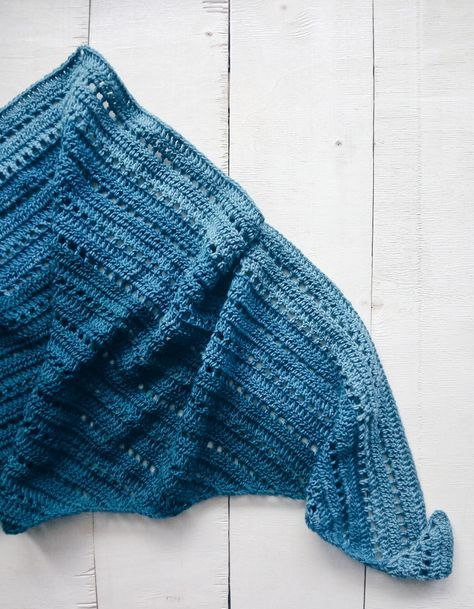 OMBRE CROCHET SHAWL WITH ZEN YARN GARDEN