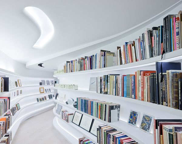 Bucherregal Luxus Loft Gebogene Wande New Yorker Loft