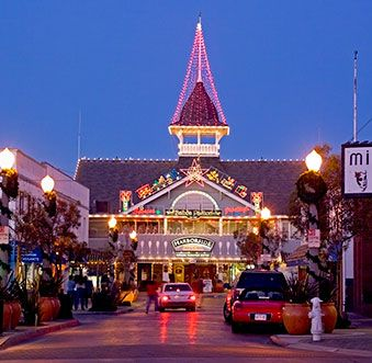 Newport Beach Ping Boardwalk S Malls Fashion Island