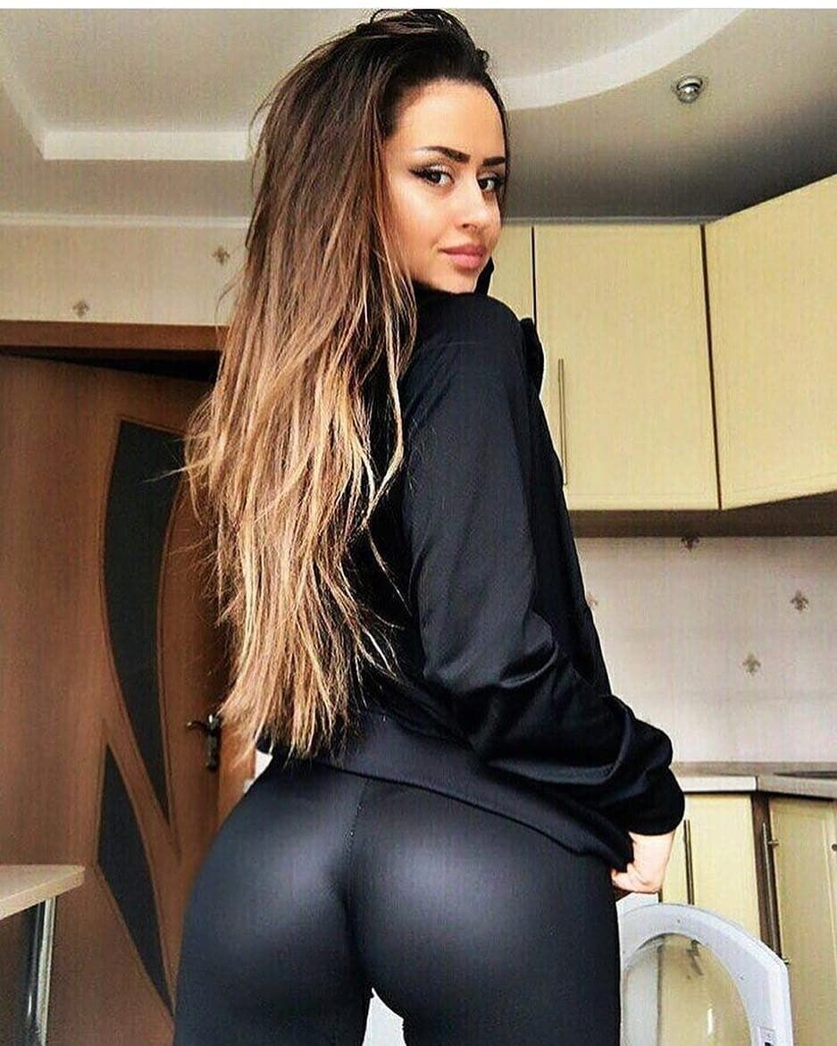 booty #bootybootybooty #sexy #babes #sex #boobs #fitgirls #boobies