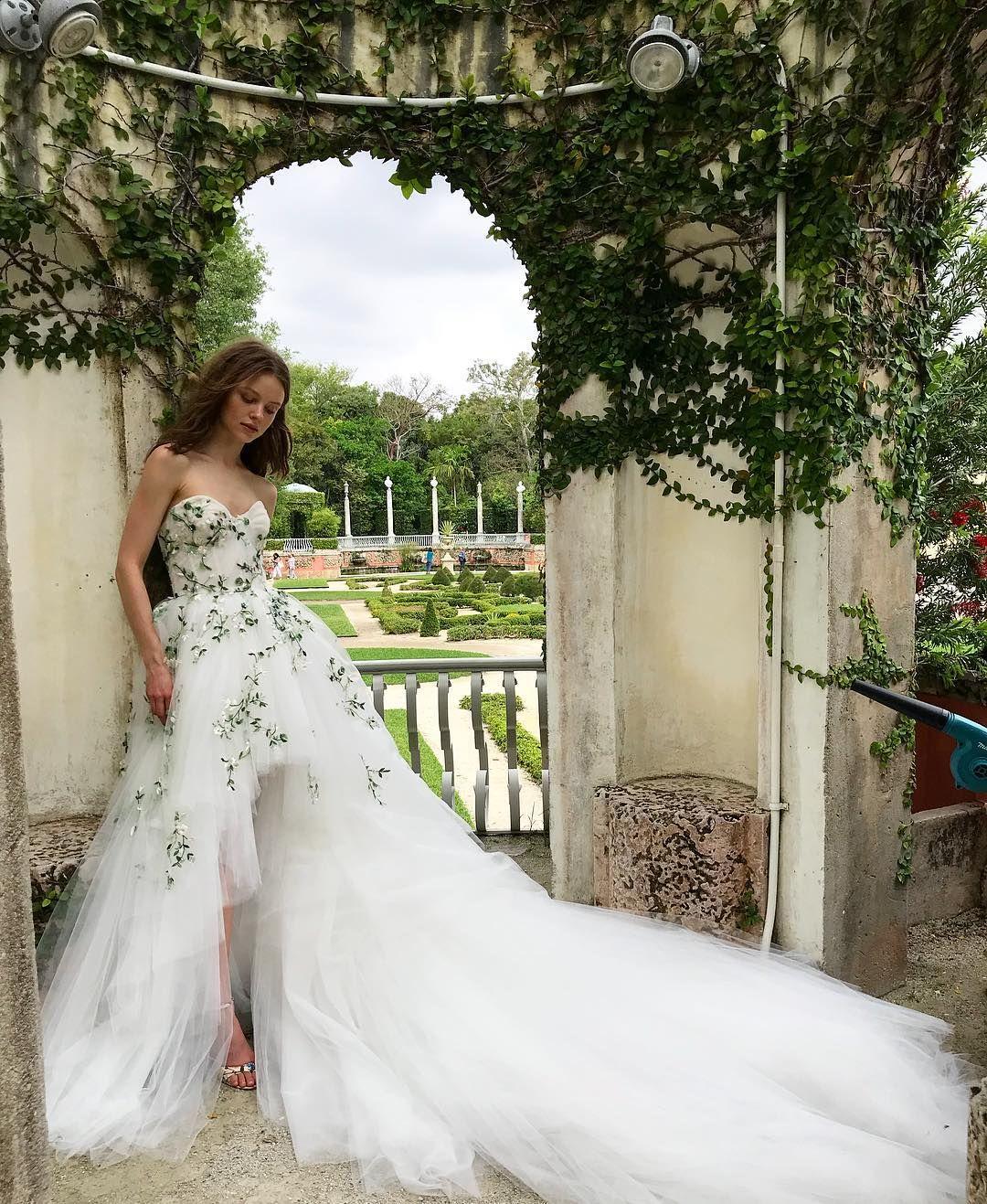 Monique Lhuillier Bride On Instagram Epic Moniquelhuillier
