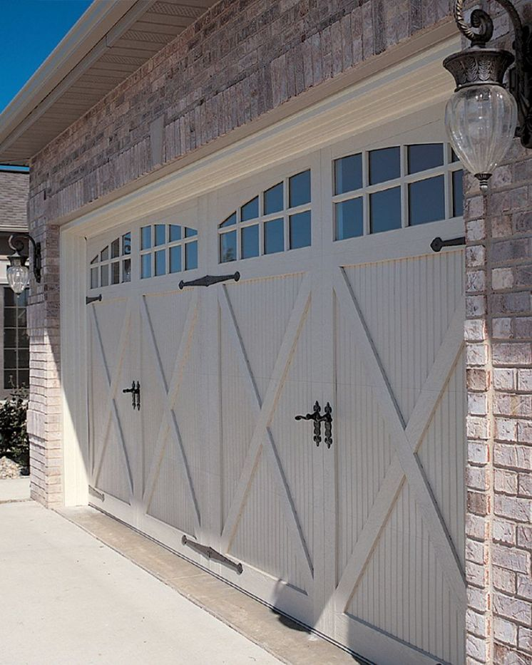 170 Awesome Home Garage Doors Design Ideas That You Must See Garage Door Design Carriage House Garage