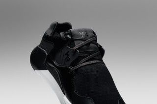 Y-3 Drops New Black and White QR Run Duo for Spring